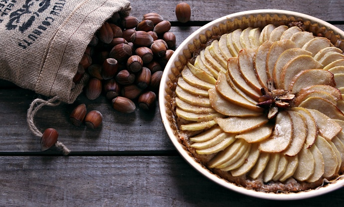 Cobnut and Apple Tart