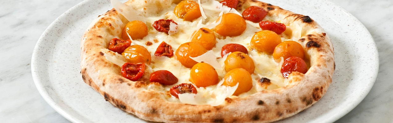 'Tomato whim' - cherry tomato pizza