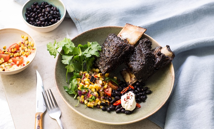 Barbecued short ribs with coffee ad chipotle rub