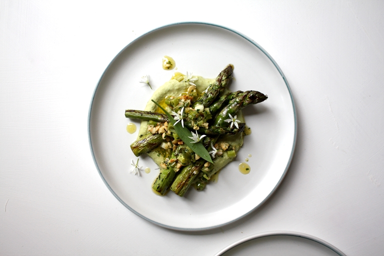 Grilled Asparagus, Wild Garlic & White Bean Hummus, Spring Onion & Hazelnut Pesto