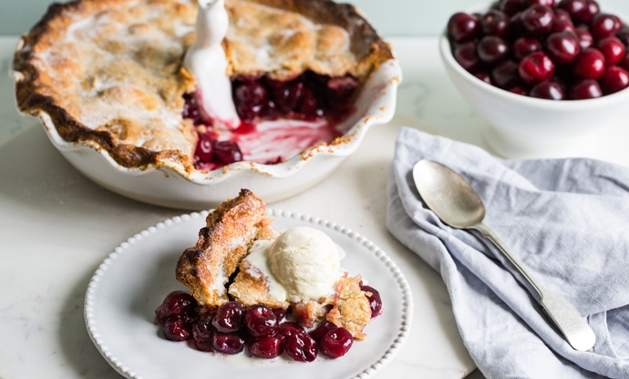 Picota cherry pie
