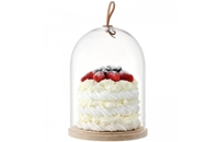 Share your showstopper to win a cake stand worth £65