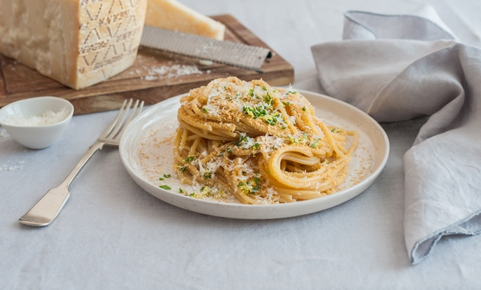 Spaghetti with Grana Padano, toasted breadcrumbs and gremolata