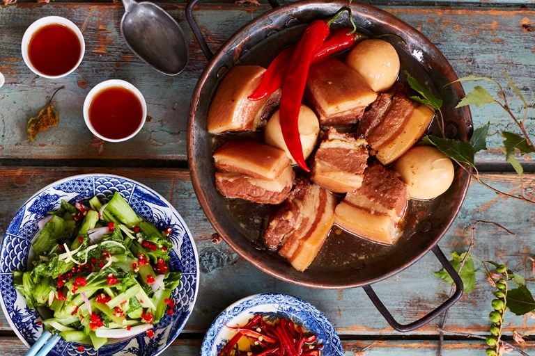 Coconut braised pork and egg – thịt khô trứng
