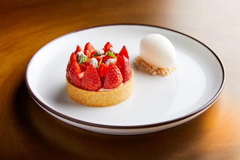 Strawberry tartlet, vanilla, elderflower