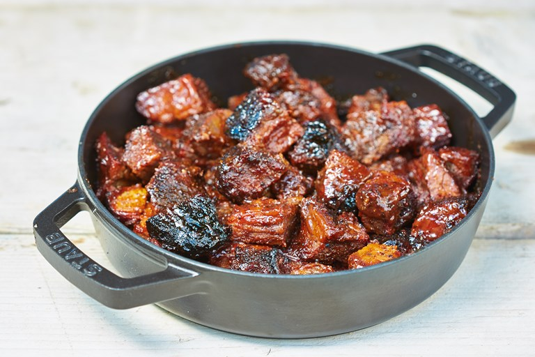 Burnt ends with Kansas-style barbecue sauce