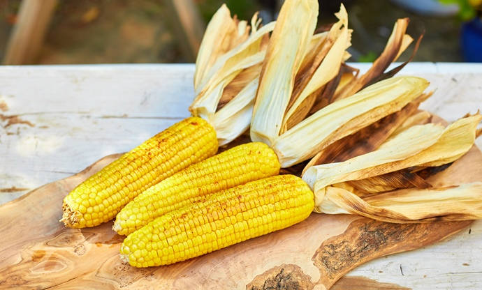 Cajun buttered corn on the cob