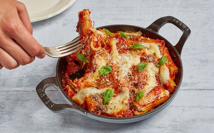 Rigatoni imbottiti – mortadella and cheese stuffed pasta