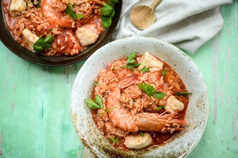 Tomato, rice and seafood stew