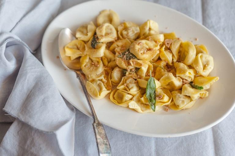 Ricetta Ravioli Alla Zucca.Classic Tortelli Di Zucca Recipe Great Italian Chefs