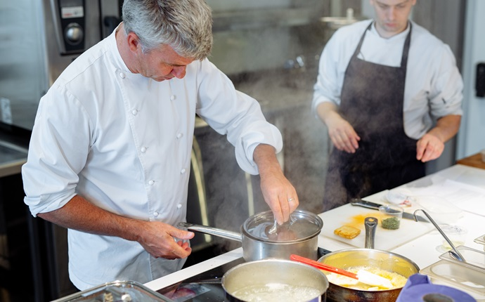 Live and cooking with Martin Wishart: humble, healthy dinners