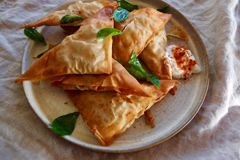 Spiced crab samosas
