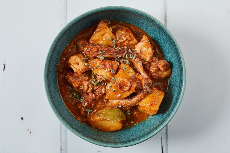 Estofat de pop i patata – Catalan octopus stew
