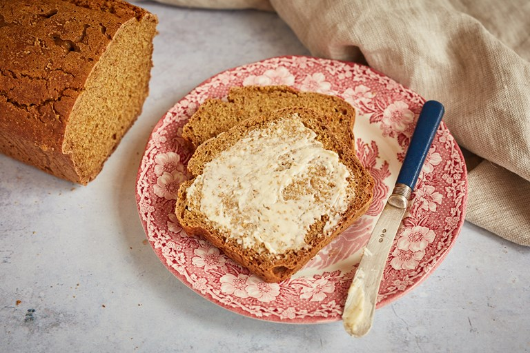 Emmer flour soda bread