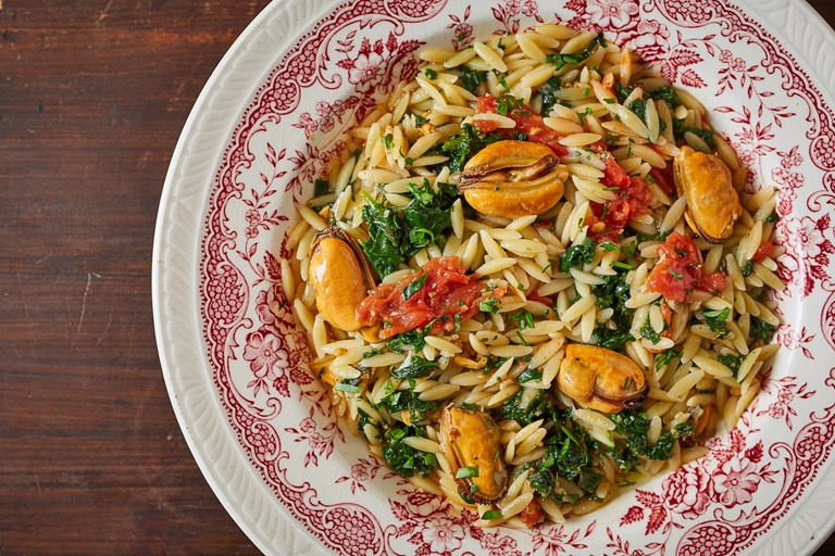 Spinach, mussels and orzo
