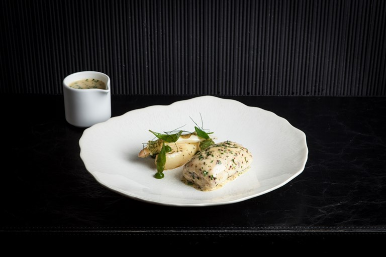 Turbot with mussel mousse, dulse, potatoes and white asparagus