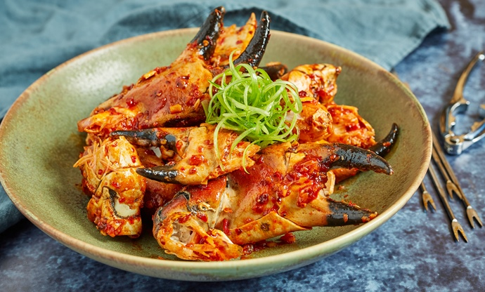 Chilli garlic crab claws