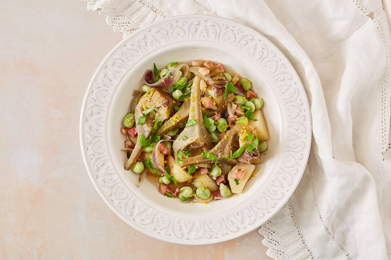 Ciaudedda – Stewed artichokes with pancetta and broad beans