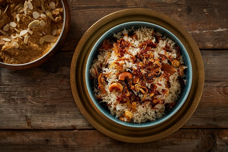 Sada pulao – Bengali pulao with cashews and raisins