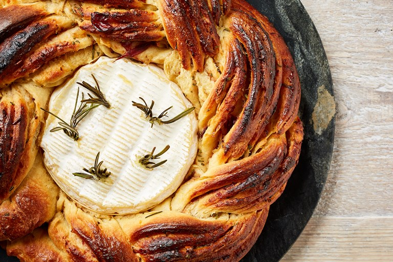 Roast garlic and cranberry brioche with baked camembert