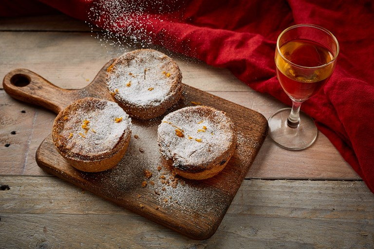Spelt, orange and hazelnut mince pies