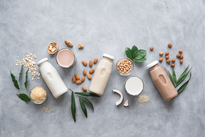 The ultimate guide to dairy-free milks