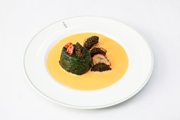 Mousselines of lobster with Champagne beurre blanc and caviar