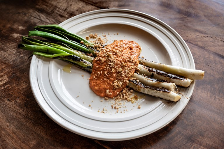 Calçots with romesco sauce