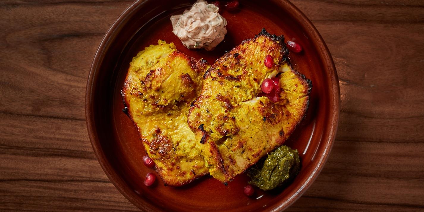 Sandalwood-Flavoured Tandoori Chicken Breast Recipe - Great British Chefs